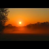 Sonnenuntergang mit Nebel