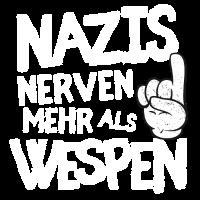 Nazis nerven mehr als Wespen