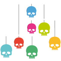 Mobilé mit Totenköpfen