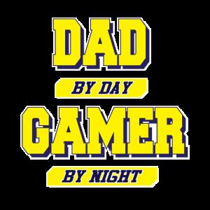 Gamer Dad T-Shirt Spruch Dad by Day Gamer by Night