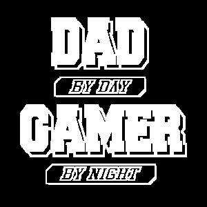Dad by Day Gamer by Night - gamer t shirt sprüche