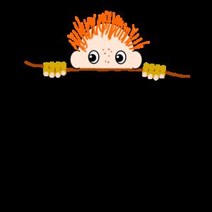 Bub mit rotem Haar und Sommersprossen