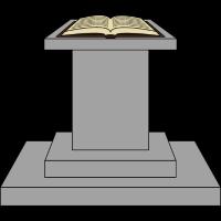 Buch auf Altar