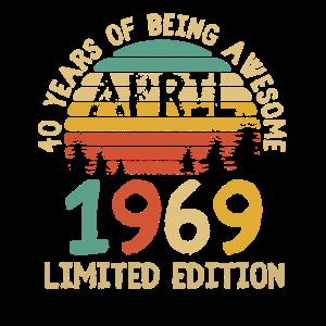 Born April 1969 T Shirt 50th Birthday 50 Years