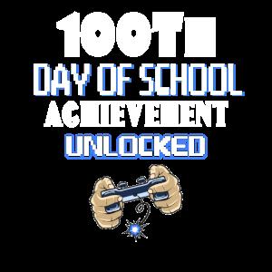 100. Tag des Schulerfolges entsperrt Gamer T-Shirt