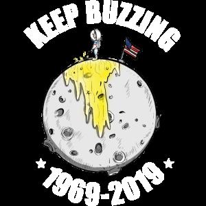 Zweiter Mann am gelben Mond Mondlandung Feier