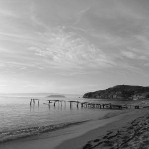 Fotografie Insel Strand mit Steg im Meer