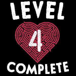Level 4 Schließe die 4. Hochzeitstag-Geschenke ab