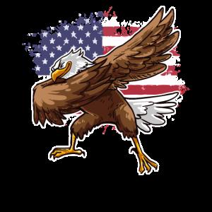 Amerikanischer Adler Vor Amerikanischer Flagge