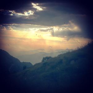 Sonnenlicht Berge