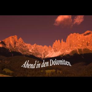 Abend in den Dolomiten