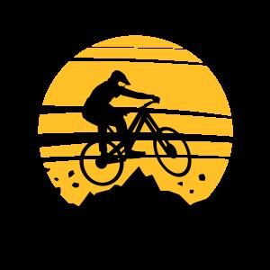 Sport - Fahrrad Downhill Biken Sonne Berge