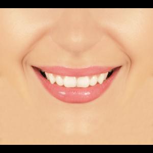 Frau Lächeln Gesichtsmaske
