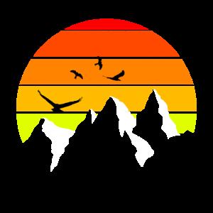 ALL Minimalistisch Berg Farben v1w Sonnenunter