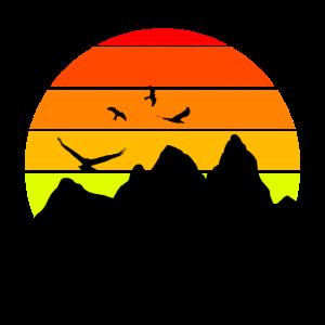 ALL Minimalistisch Berg Farben v1 Sonnenunterg