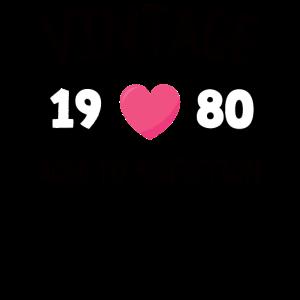 Jahrgang 1980 bis zur Perfektion gealtert