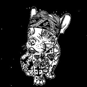 Süßer Hund mit Tattoo