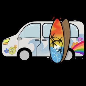 Campingbus mit Surfbrettern Surfer Sommerurlaub