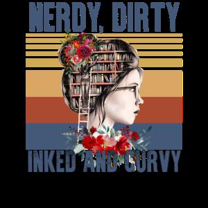 Nerdy Dirty Inked und kurvig