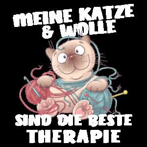 Katze und Wolle sind die beste Therapie