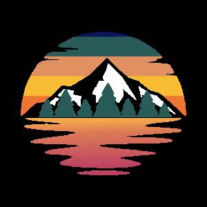 Wald und Berge im Sonnenuntergang für Abenteurer