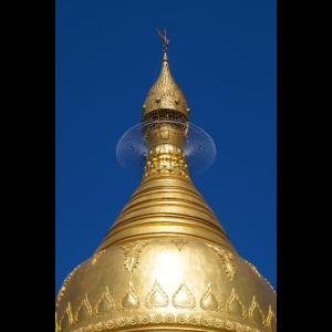 Goldene Stupa einer buddhistischen Pagode