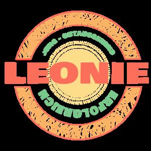 Jung Gutaussehend Erfolgreich Leonie