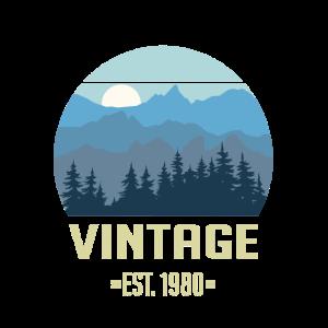 Vintage EST. 1980 - Wald Berge Landschaft