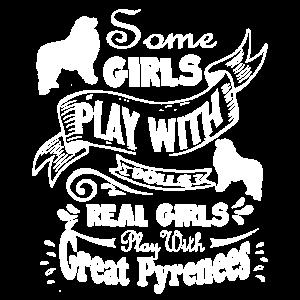 Echte Mädchen spielen mit großen Pyrenäen Shirt