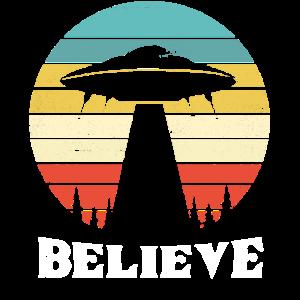 Retro Alien UFO Believe Flat Earth Gift