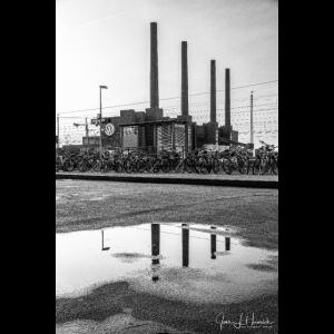 Kraftwerk Schwarz-Weiß