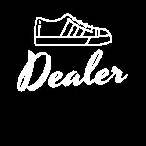 Sneaker Dealer Reseller Weiss Hyped Kicks