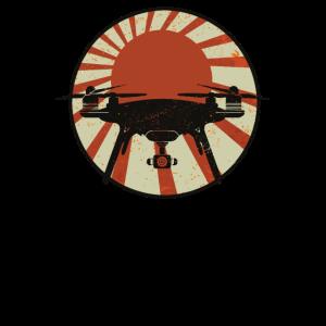 Drohnenpilot Japan Drohne mit Kamera Quadrocopter