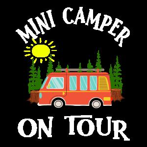 Klein Camper on Tour Roadtrip Camping Bus