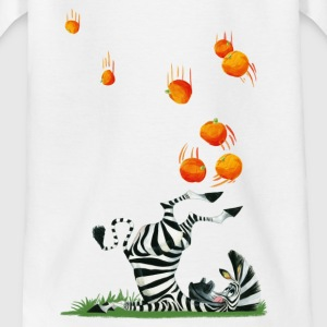 Madagascar penguins Marty with oranges Kid's T-Shi - Kids' T-Shirt