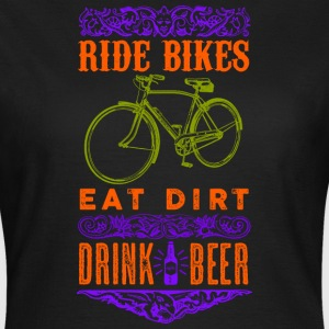 Ride bikes, drink beer - Women's T-Shirt