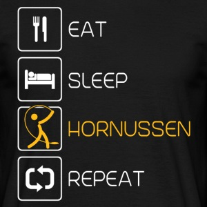Eat Sleep Hornussen T-Shirts - Männer T-Shirt