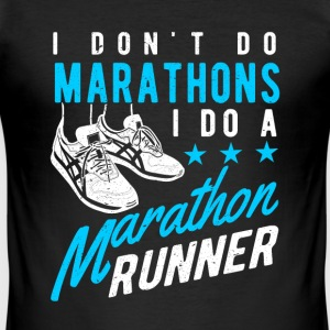 I don't do Marathons i do a Marathon runner  T-shirts - Herre Slim Fit T-Shirt