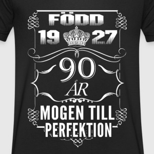1927-90 years of perfection - 2017 - SE T-Shirts - Men's Organic V-Neck T-Shirt by Stanley & Stella