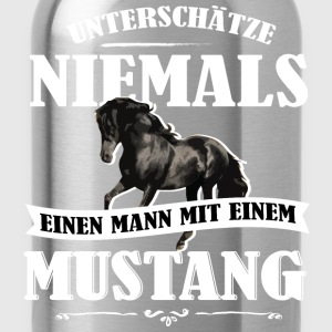 UNM Mustang T-Shirts - Trinkflasche