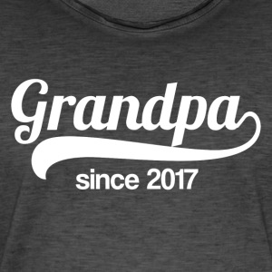 Grandpa since 2017 - Men's Vintage T-Shirt
