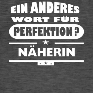 Naherherin Other word for perfection - Men's Vintage T-Shirt