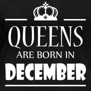 Queens are born in December - Women's Organic Longsleeve Shirt by Stanley & Stella