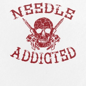 needle addicted shirt tattoo tätowiert - Buttons groß 56 mm