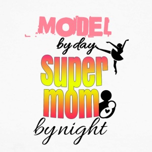 Model by day super mom by night - Men's Long Sleeve Baseball T-Shirt