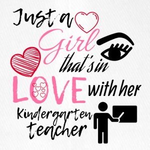 This girl is in love with her kindergarten teacher - Flexfit Baseballkappe