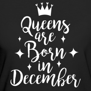 Queens are born in December - Women's Organic T-shirt