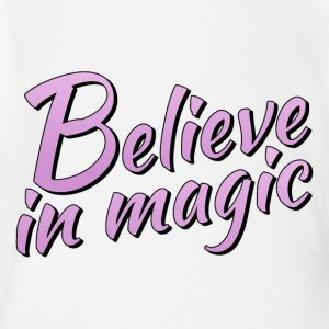 Believe in magic logo in lilac - Organic Short-sleeved Baby Bodysuit