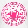 Comic i love winter sports Après-ski beer skiing and party license badge slogan for geek clubbing stag do students partying  - Women's T-Shirt