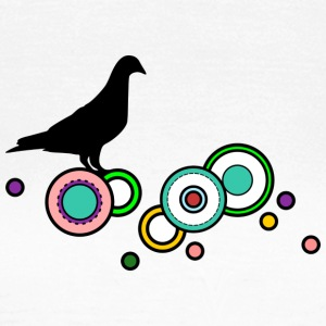 Dove on colorful circles - Women's T-Shirt